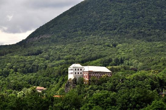 zámek Milešov