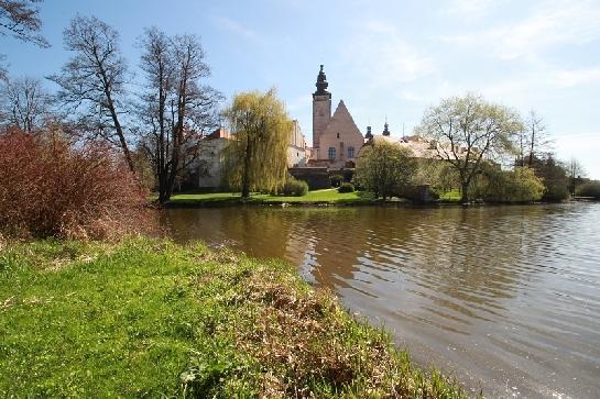 Kostel sv. Jakuba od Ulického rybníku