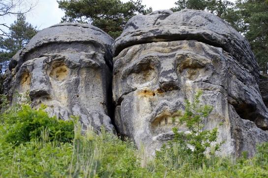 Čertovy hlavy u obce Želízy