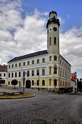 Radnice - Klášterec nad Ohří