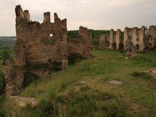 zřícenina hradu-zámku Zvířetice