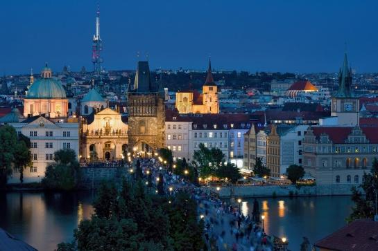 Praha nespí...