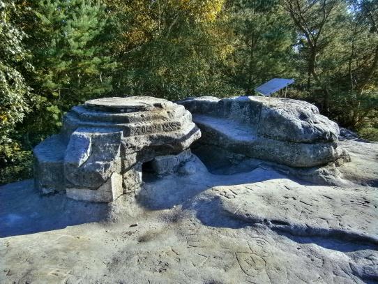 Dutý kámen