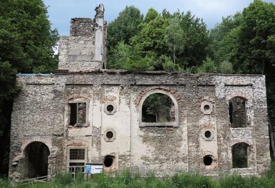 Zřícenina kostela svaté Apoleny