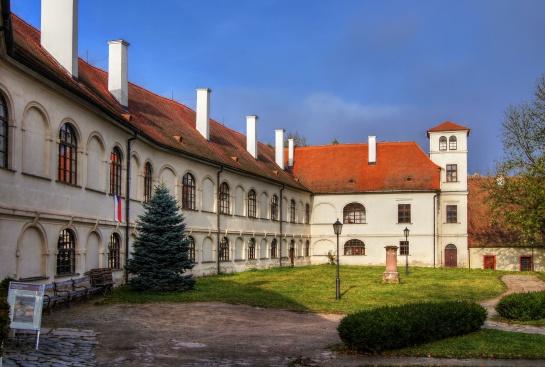 Klášter Porta Coeli Předklášteří