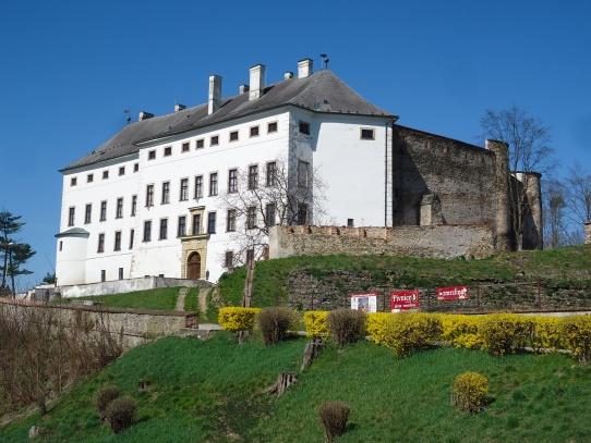 Úsov zámek