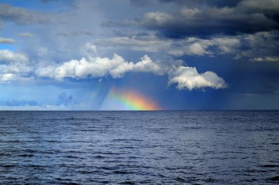 Duha po bouřce na Čudském jezeře