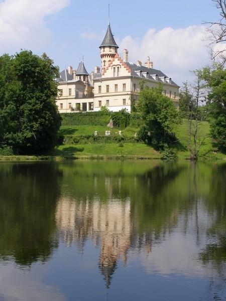 Raduň zámek