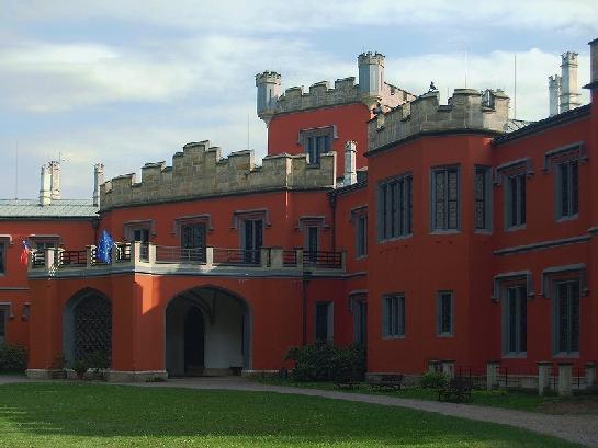 Státní zámek Hrádek u Nechanic